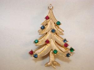 trifari christmas tree